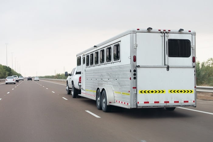 Average Weight of Horse Trailers
